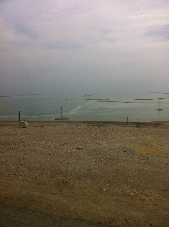 Мертвое море вид с автобуса