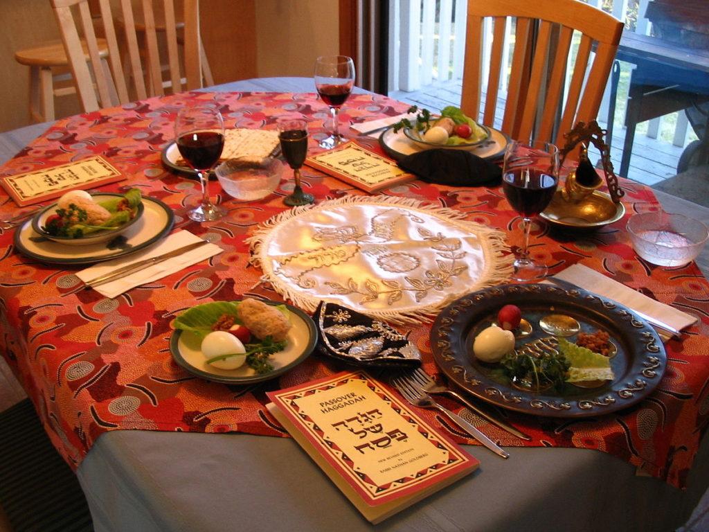 Праздничный стол на Песах - Блог про Израиль